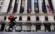 证券股票市场行情量化交易数据分析道琼斯指数创历史新高,随着美国国债收益率攀升,科技股下滑