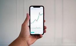 证券股票市场智能选股软件量化交易数据分析具有技术支持和上升潜力的7种ARKK股票