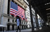 在就业报告,市场假期之前,股票期货开盘走高