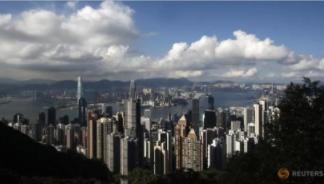 对于中国的房地产开发商来说,香港正在成为深圳的后院